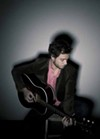 <p>FOLK SOUL BROTHER: Amos Lee</p>