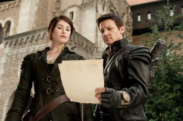 Gemma Arterton and Jeremy Renner in Hansel & Gretel: Witch Hunters (Photo: Paramount)