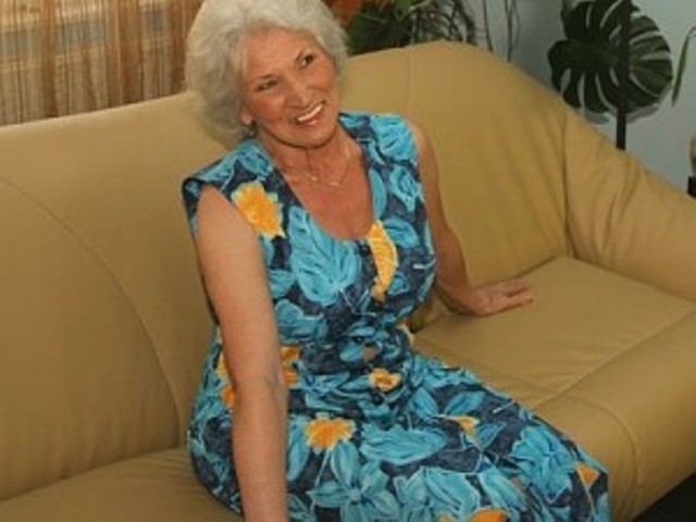 Free Granny Porno Movie 72