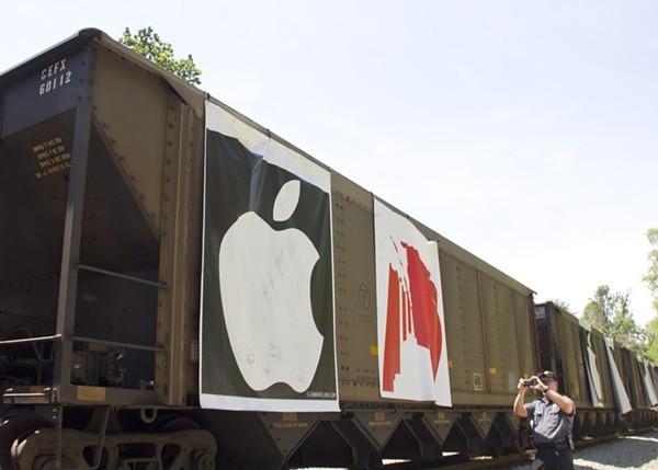 Greenpeace_Train.jpg