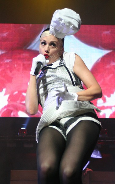 Gwen Stefani (Verizon Wireless Amphitheatre, May 12)