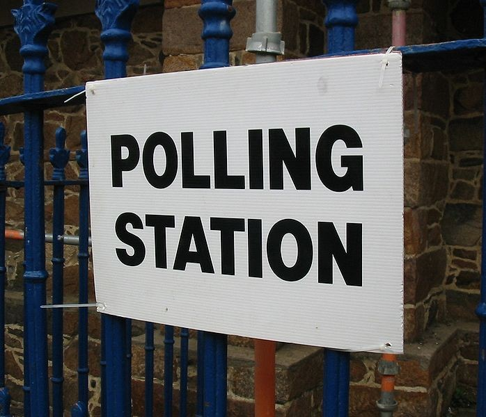 698px-Polling_Station_2008.jpg