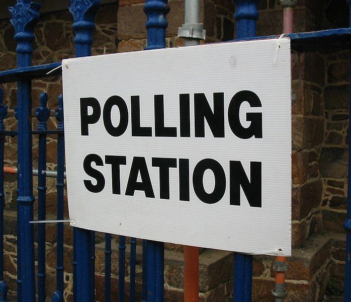 698px-Polling_Station_2008.jpg