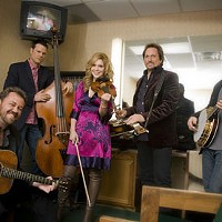 IN HARMONY: Alison Krauss and Union Station featuring Jerry Douglas