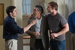 HOPPER STONE / UNIVERSAL - Jason Biggs, Eugene Levy and Seann William Scott in American Reunion