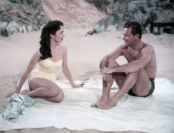 Jennifer Jones and William Holden in Love Is a Many-Splendored Thing (Photo: Twilight Time)