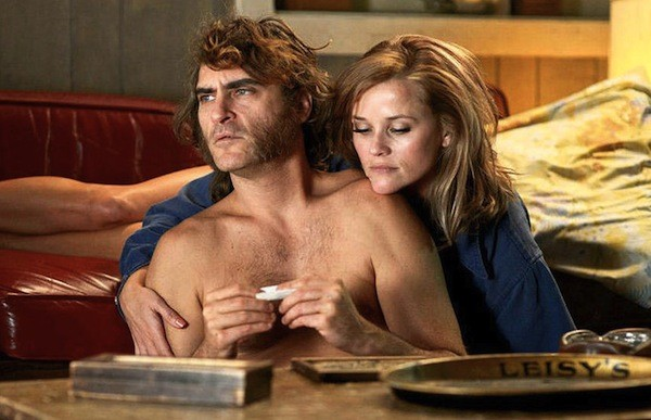 Joaquin Phoenix and Reese Witherspoon in Inherent Vice (Photo: Warner Bros.)