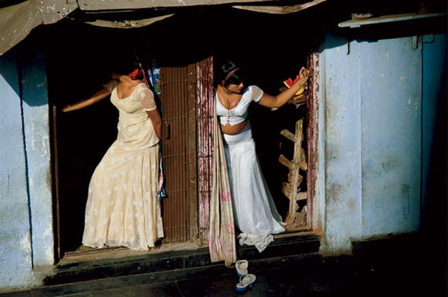 Jodi Cobb's 'Slaves Among Us — 2002'