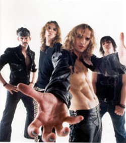 PATRICK FORD - Justin Hawkins and The Darkness
