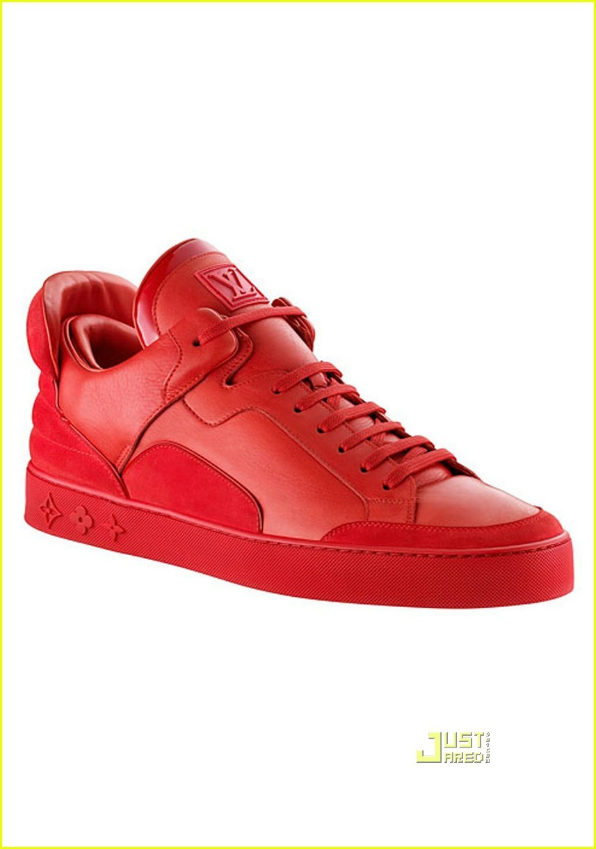 kanye-west-louis-vuitton-shoes-03.jpg