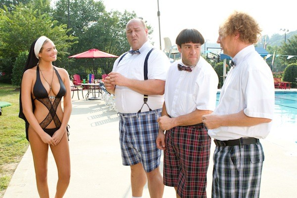 Kate Upton, Will Sasso, Chris Diamantopoulos and Sean Hayes in The Three Stooges (Photo: Fox)