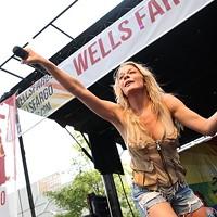 Live review: LeAnn Rimes, Uptown Charlotte (8/17/2014)