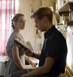 THE WEINSTEIN COMPANY - LITERARY LOVERS: Kate Winslet and David Kross in The Reader.