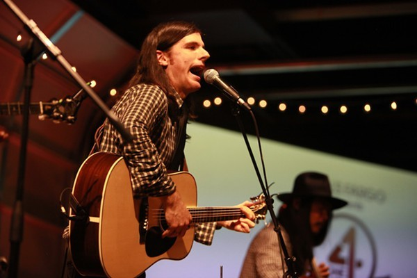 Live Review Avett Brothers Vintage Motor Club 4 13 2013 The Clog