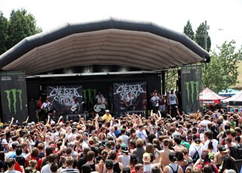 Live review: Vans Warped Tour, Verizon Wireless Amphitheatre, 7/30/2012