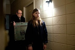 OVERTURE - MEET THE NEIGHBORS: Richard Jenkins and Chloe Grace Moretz in Let Me In