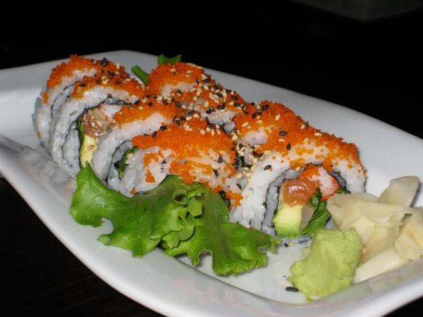 MIAMI ROLL - Salmon, Hamachi, Crab, Avocado, Lettuce, Scallions with Masago