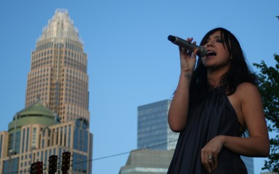 Michelle Branch of The Wreckers (Speed Street, Uptown Charlotte, May 24)