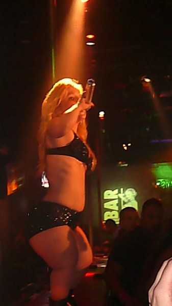 new-years-eve-ae280a6britney-037.jpg
