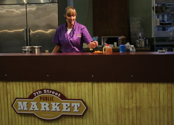 Natural Gourmet Chef Lisa Stimmer prepares a healthy meal for attendees