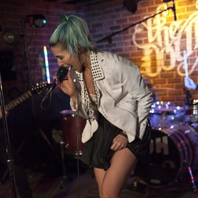 Neon Hitch at Double Door Inn (11/1/2014)