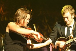 Nickel Creek (Ovens Auditorium, Aug. 5)