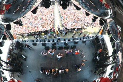 Old Crow Medicine Show as seen in a reflection of The Flaming Lips' UFO (Bonnaroo, Manchester, Tenn., June 14-17)