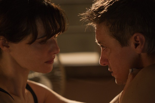 Rachel Weisz and Jeremy Renner in The Bourne Legacy (Photo: Universal)