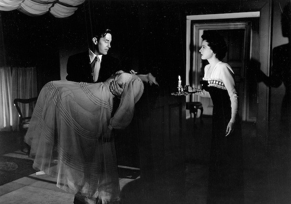 Ray Milland, Gail Russell and Ruth Hussey in The Uninvited (Photo: Criterion Collection)