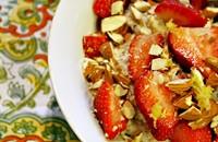 Recipe: Lemon & Strawberry Oatmeal