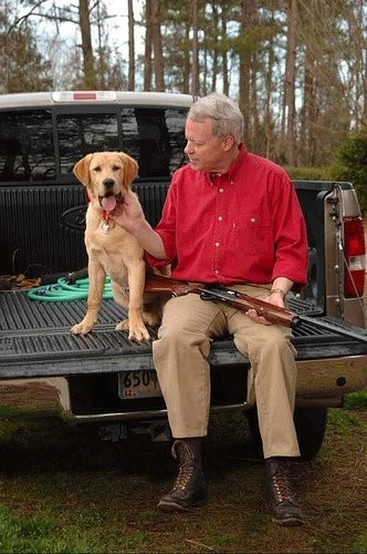 Rep. Paul Broun and his trusty retriever get ready for the hunt