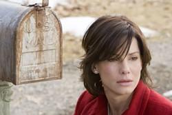 PETER SOREL / WARNER & VILLAGE ROADSHOW - RETURN TO SENDER Sandra Bullock fails to deliver in The Lake House