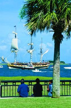 THE CHARLESTON AREA CONVENTION & VISITORS BUREAU - Scenic Charleston Harbor