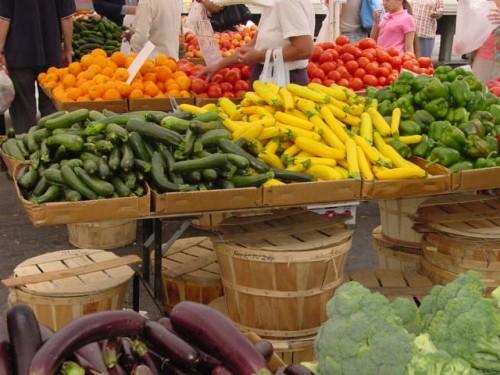 1333477217-farmers_market.jpg
