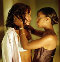 DAVID LEE / SONY PICTURES CLASSICS - SPIKE GOES SOFT(CORE) Lesbian love (between - Dania Ramirez and Kerry Washington) is just one of - the roughly 800 social issues Spike Lee crams into - She Hate Me