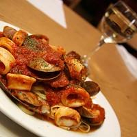 THAT'S ITALIAN: Linguini and calamari