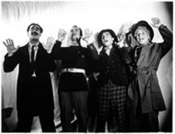UNIVERSAL - The Marx Brothers in Duck Soup