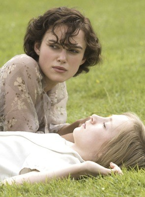 TWISTED SISTER: Cecilia (Keira Knightley) will soon find her life destroyed by younger sibling Briony (Saoirse Ronan, front) in Atonement. - ALEX BAILEY / FOCUS FEATURES