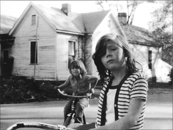 37.-kids-in-_hood.jpg