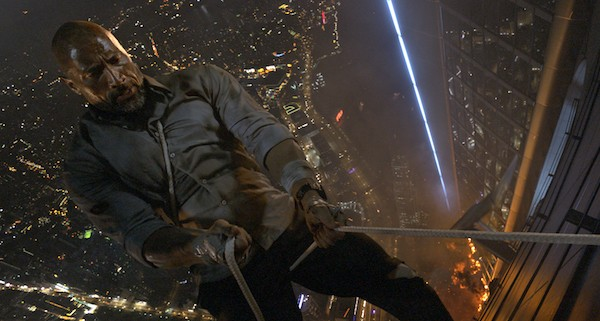 Dwayne Johnson in Skyscraper (Photo: Universal)