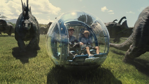 Nick Robinson and Ty Simpkins in Jurassic World (Photo: Universal)