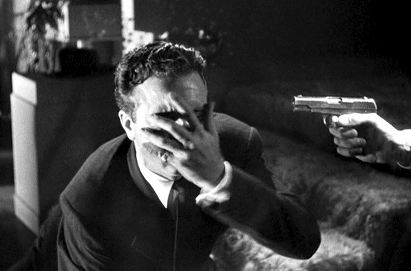 Dick Powell in Murder, My Sweet (Photo: Warner)