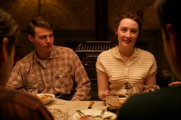 Emory Cohen and Saoirse Ronan in Brooklyn (Photo: Fox Searchlight)