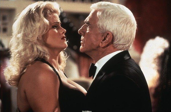 Anna Nicole Smith and Leslie Nielsen in Naked Gun 33-1/3: The Final Insult (Photo: Warner)