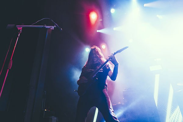 Paul Waggoner of Between the Buried and Me (Photo by Ray Duker)