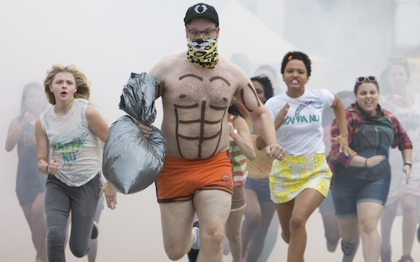 Chloë Grace Moretz (left) and Seth Rogen in Neighbors 2: Sorority Rising (Photo: Universal)