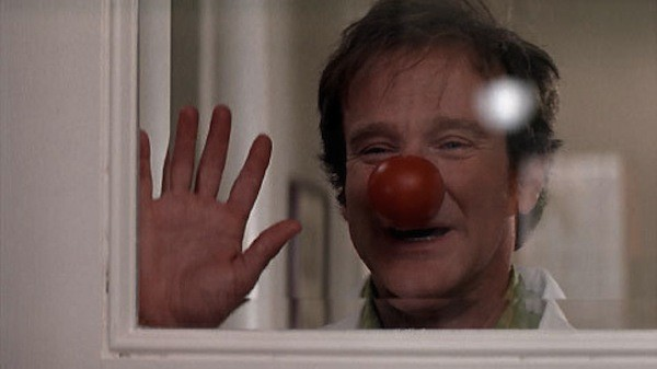 Robin Williams in Patch Adams (Photo: Universal)