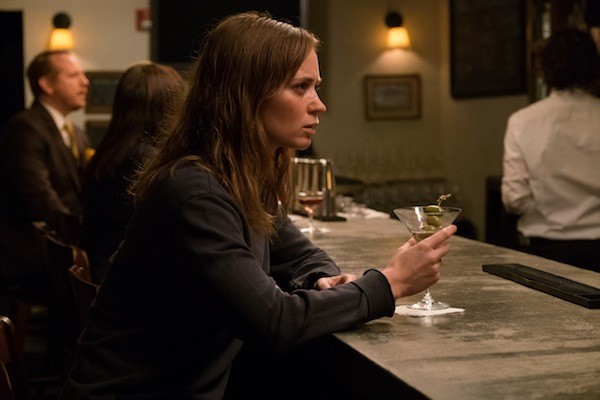Emily Blunt in The Girl on the Train (Photo: Universal)