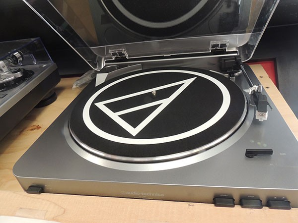 Audio-Technica LP60 at Lunchbox Records