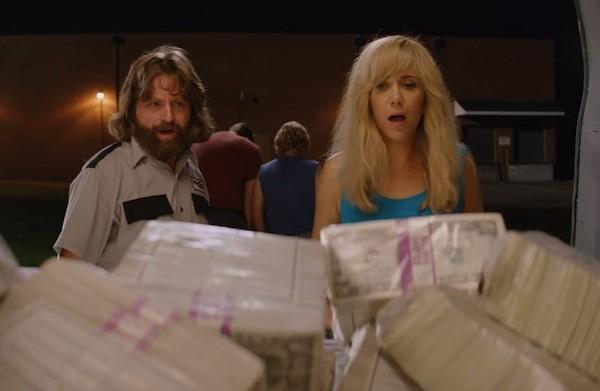 Zach Galifianakis and Kristen Wiig in Masterminds (Photo: Fox & Relativity)